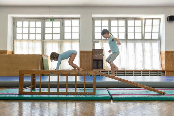 600_dekleta-plezalo1.jpg